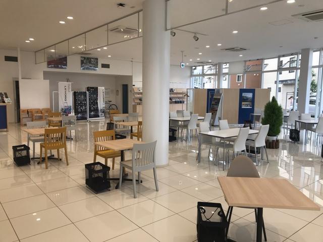 新築のショールームにて皆様のご来店をお待ちしております!店内はいつも清潔にしております。