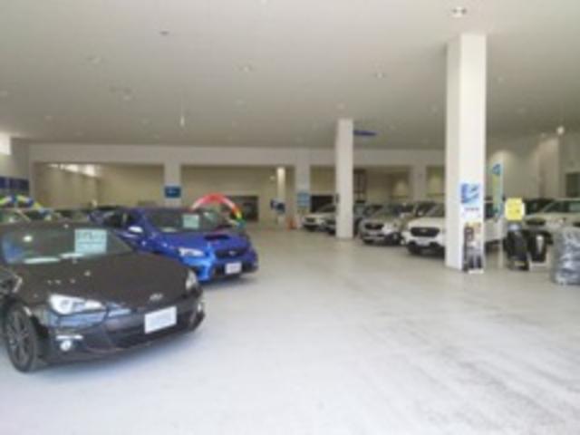 デモカーアップや最新モデルから、お買い得な中古車まで、幅広く豊富なラインナップでお待ちしております。