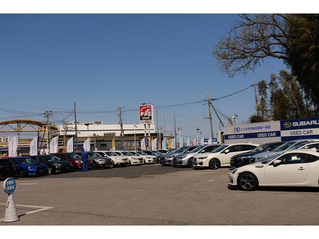 常時50台の在庫を誇る大型店舗です!当店にない車でもお探し致しますのでお気軽にどうぞ♪