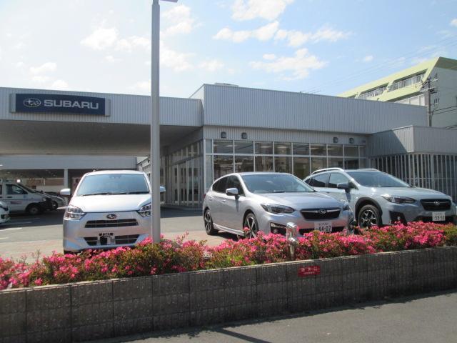 大阪市内唯一の新車・サービス・中古車の複合拠点です。